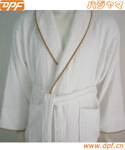Towelselections Turkish Cotton Bathrobe Kimono Collar Terry Robe Made in China pictures & photos