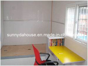 Container House in Stock pictures & photos