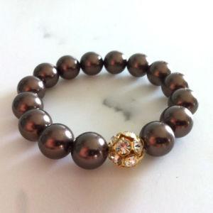 Fashion Jewelry Round Deep Brown Sponge Charm Bracelet (XG-BE137)
