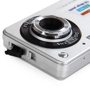Ultra-Thin 720 HD 16 Mega Pixels Digital Selfie Pocket Camera pictures & photos