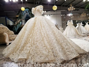 Off Shoulder Bridal Ball Gown Lace Crystal Beading Wedding Dress Yao113 pictures & photos