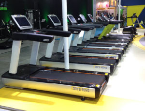 Bodystrong Heavy Duty Commercial Treadmill pictures & photos