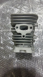 H137 Chainsaw Parts H137 Cylinder Kits pictures & photos