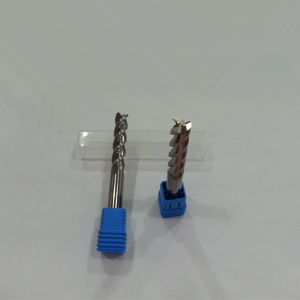 4*16*4*100 Solid Carbide 3 Flutes End Mills for Aluminum with Competitive Price From Factory pictures & photos