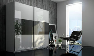 Modern Mirror Gloss Sliding Door Wardrobe Closet (HF-EY022) pictures & photos