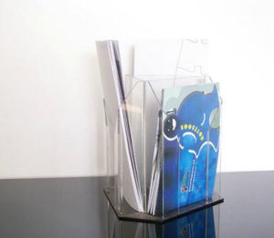 Cleaner OEM Acrylic Gift Card Display Stand pictures & photos