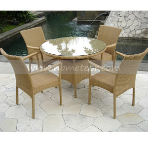 Mtc-001 Rattan Dining Set 4 Chairs for Outdoor Furniture pictures & photos