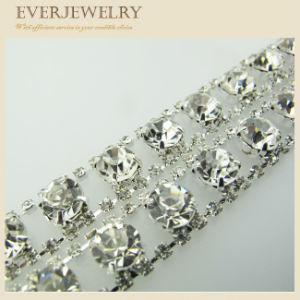 Hot Sale Crystal Decorative Rhinestone Trims in Roll for Dress, Shoes, Necklace pictures & photos
