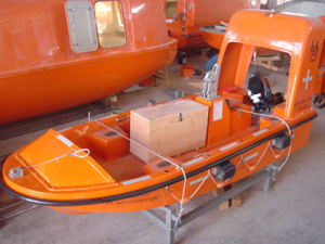 Solas Approved 6persons Rescue Boat with Outboard Engine/Single Arm Davit pictures & photos