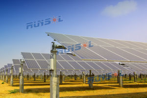 Maximum Power Point Tracking Horizontal Single Aixs Solar Tracker (MPPT) pictures & photos