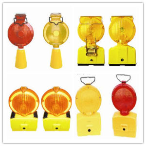Traffic Solar Powered Warning Lamp Light for Roadway Safety with Ce pictures & photos