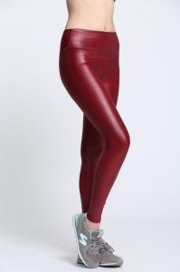 Wholesale Custom OEM Seamless Shinny Red Polyester Women Sportswear pictures & photos