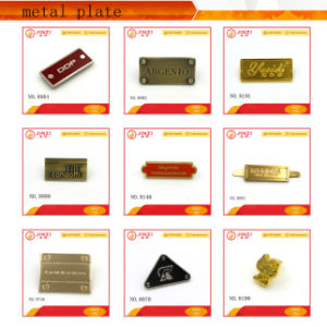 Customized Cheap and Fine Handbag Hardware pictures & photos