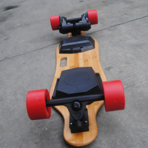 Dual 900wx2 Powerful Belt Motor Electric Skateboard with Remote