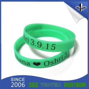 Fashion Design Edbossed Silicone Bracelet with Custom pictures & photos