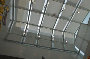 New Modern Super Market Window Sunscreen Rolling up Blinds / Somfy Motorised Roller Blinds pictures & photos