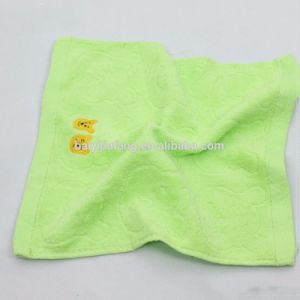 Wholesale Soft Jacquuard Emboidered 100% Cotton Bath Towel Set pictures & photos