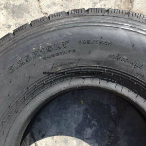 Trailer Tire 10.00r15 8.25r15 7.50r15 Radial Tire with Good Quality, Truck Tire pictures & photos