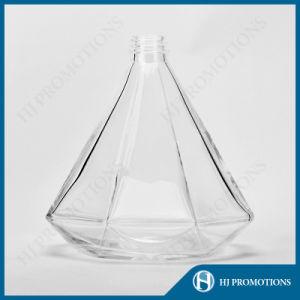750ml Diamond Style Glassware Liquor Bottle (HJ-GYTN-C02) pictures & photos