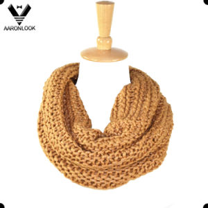 Winter Shiny High Quality Wholesale Neck Circle Scarf pictures & photos