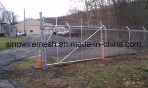 Hot Dipped Galvanized / PVC Coated Temporary Construction Chain Link Fence pictures & photos