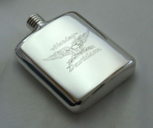 Stainless Steel 304 Grade Hip Flask Mirror Finishing W/ Leather Pouch pictures & photos