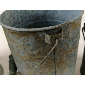Antique Blue Tin Metal Garden Flower Pot pictures & photos