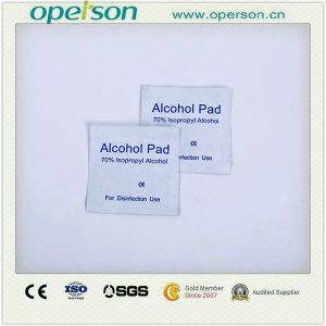 Medical Disposable Alcohol Pad pictures & photos