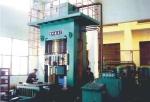 Fire-Proof Brick Hydraulic Press (YF76) pictures & photos