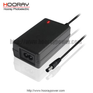 24W 12W C8 Inlet 12V2a 12V1a Desktop Switching Power Supply AC DC Adapter pictures & photos