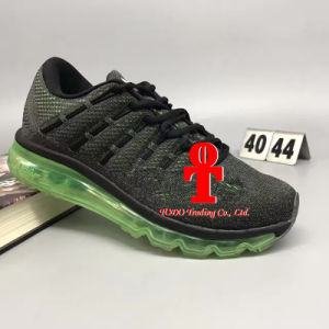 Sole Air Cushion Shock Absorption and Comfortable Running Jogging Shoes 40-44 Yards pictures & photos