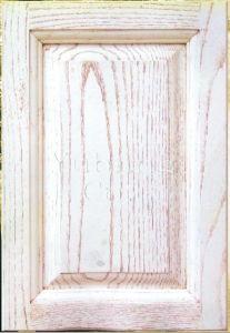Solid Oak Wood Kitchen Cabinet Door (YJ-001) pictures & photos