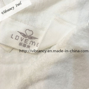 Factory Price Embroidery Logo Microfiber Hotel Towel for Face Cleaning Towel pictures & photos
