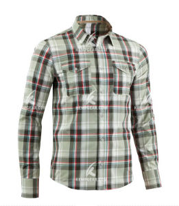 Stylish Polyester Quick Dry Shirts for Men with Yarn Dyed Fabric