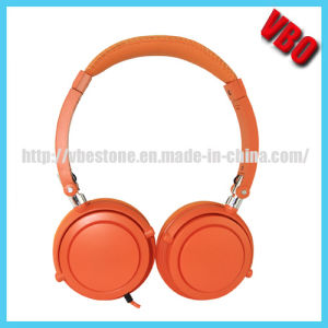 Grade a Quality Portable Stereo Studio Headphone pictures & photos