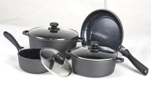 7PCS Die-Cast Aluminum Non-Stick Cookware Set pictures & photos