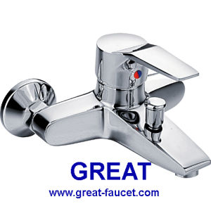 Modern Bathtub Faucet with 5 Year Guarantee pictures & photos