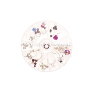 2016 Art Nail Metal Rhinestone Dangles Wheel Decoration Products (M19) pictures & photos