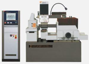 CNC EDM Wire Cutting Machine Dk7732c pictures & photos