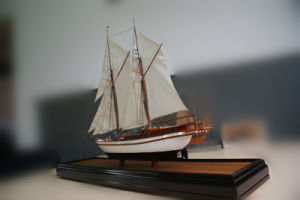 Miniature Sailing Boat Model Making pictures & photos