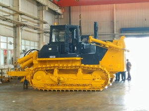 China Factory Shantui SD32/SD16 Bulldozer for Africa pictures & photos
