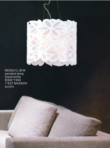 Newly Acrylic White Flower Decorative Hanging Lamp Pendant Lamp (MD9021L-W) pictures & photos