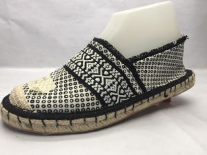 Flat Heel Canvas Espadrille for Ladies (23LG1709) pictures & photos