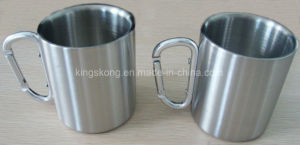 2017 New 220ml Outdoor Stainless Steel Coffee/Beer Travel Mug with Carabiner pictures & photos