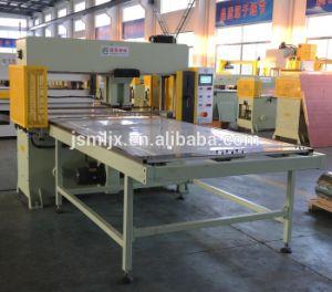 Aluminum Foil Automatic Cutting Machine pictures & photos