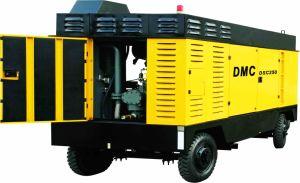 900CFM 300PSI Diesel Portable Screw Compressor (DSC250L) pictures & photos