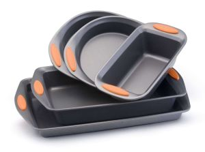 Amazon Vendor 5-Piece Bakeware Set Orange with Silicone Handle pictures & photos