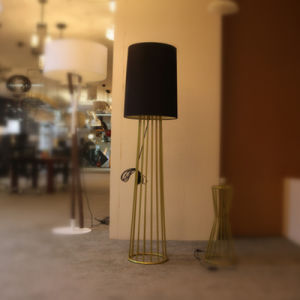 Classical Hotel Decorative Polished Gold Standing Floor Lamp pictures & photos