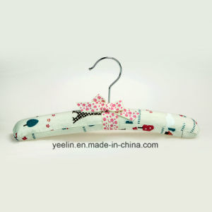 Satin Padded Kids Clothes Hanger Wholesale (YL-yf13) pictures & photos