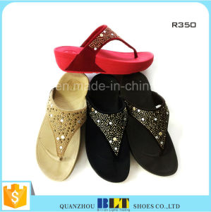 Good Quality Fast Delivery Womens Slippers pictures & photos